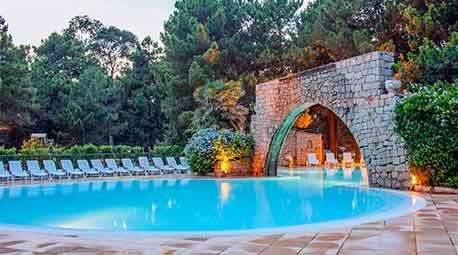 Camping piscina corsica villa con piscina corsica for Camping gorges du tarn avec piscine 4 etoiles
