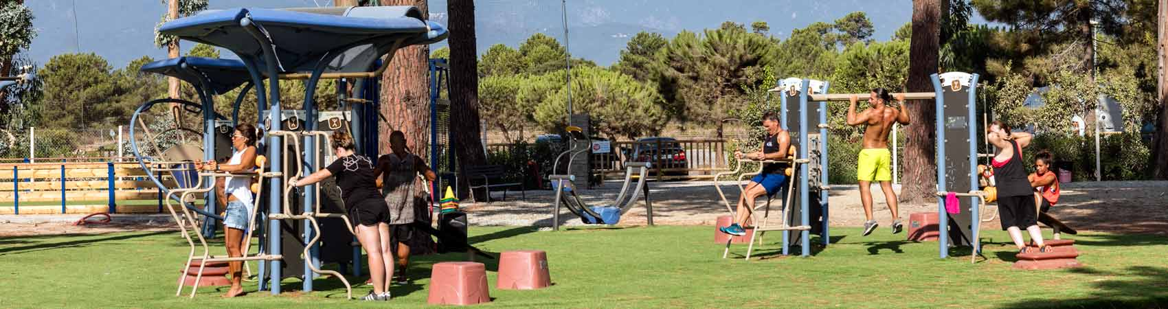 Camping corse avec animations